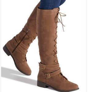 NWT ShoeDazzle Marina Lace Up Combat Boots